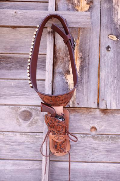 handcarved-cowboy-holster-jl-custom-saddlery